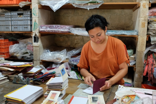 Book making in the Huun Merida workshop.